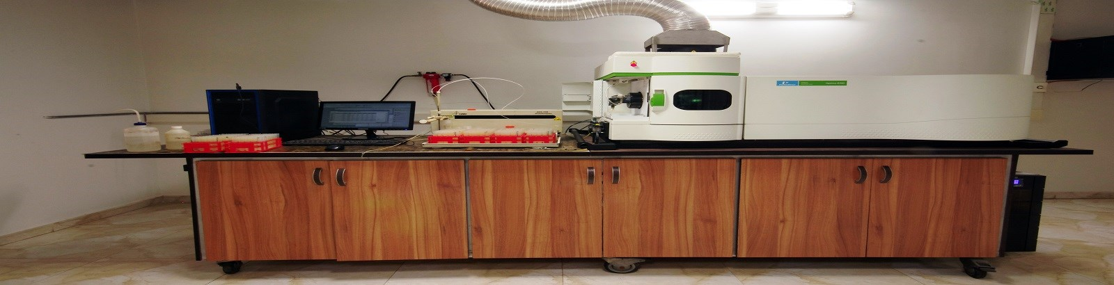 We are based on international standards and moving on the basic axis of high precision, high speed and reasonable price